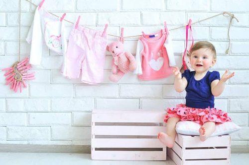 Sử dụng nước giặt chuyên dụng đối với quần áo của trẻ